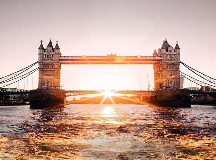 Cầu tháp - biểu tượng cổ kính của London